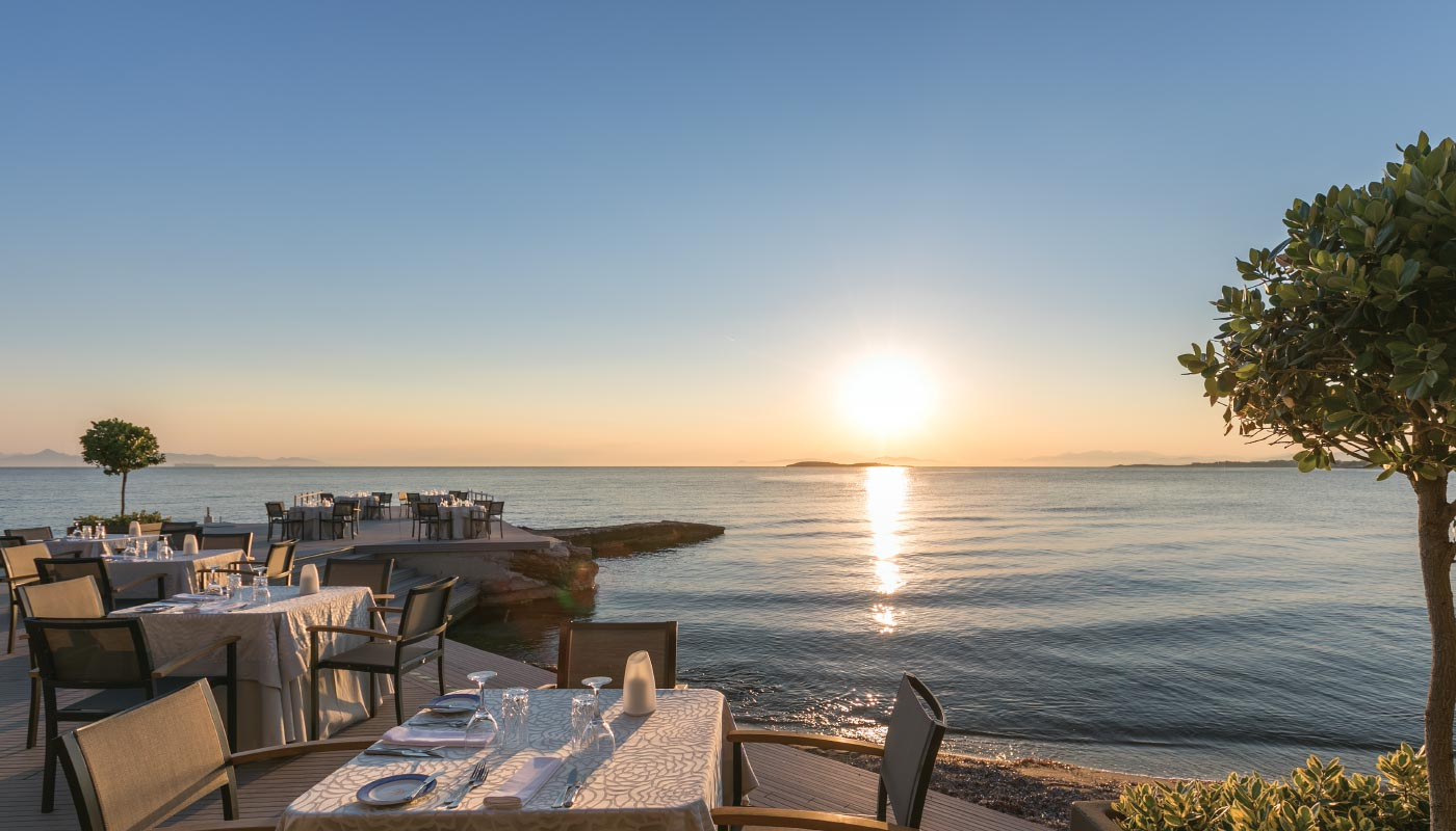Divani Apollon Palace & Thalasso - Mythos by Divani Restaurant - Sunset Dining